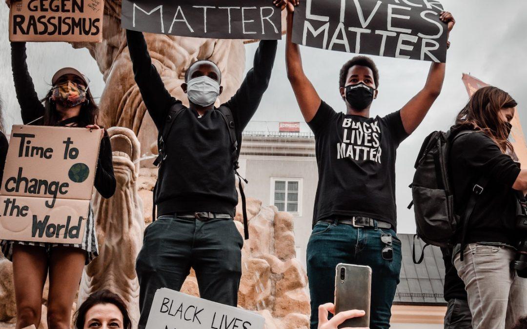 Black Lives Matter signs
